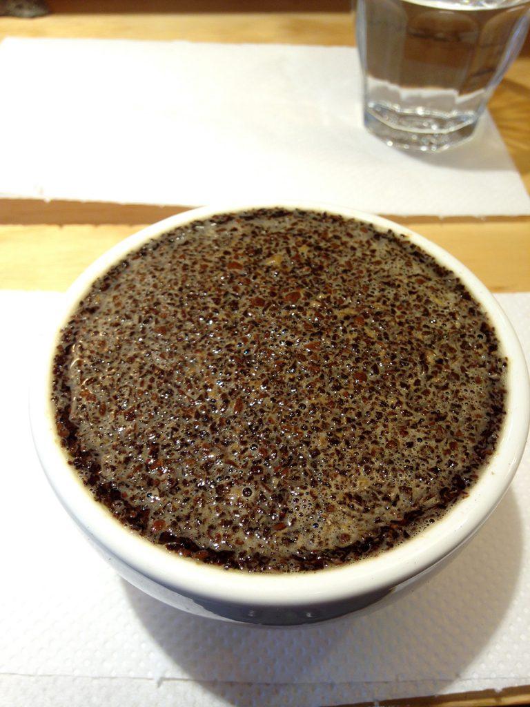 咖啡-精品咖啡-杯測-沖熱水-咖啡風味-咖啡香-濕香